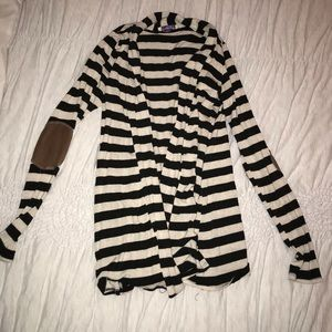 Striped cardigan brown elbows size small